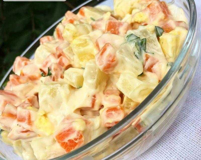 Salada Completa com Maionese Caseira