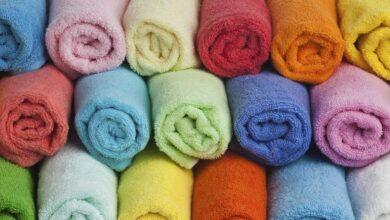Guardar as toalhas no banheiro pode ser um risco a sua saúde