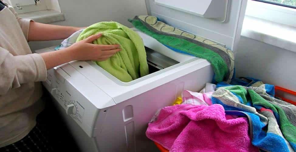 12 truques simples para lavar roupas que voce precisa saber