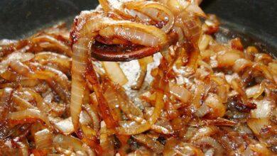 Como fazer cebola caramelizada